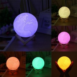 Lampa Glob Pamantesc 3D, LED 16 culori, 120 lm, USB, 5 moduri, telecomanda