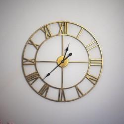 Falióra, átmérő 57 cm, római számok, Quartz, klasszikus kivitel, arany